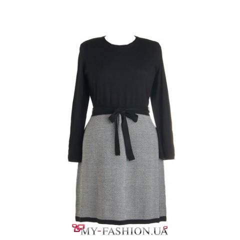 Чёрно-белое офисное платье с длинным рукавом