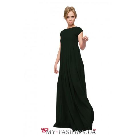 Чёрное платье максимальной длины