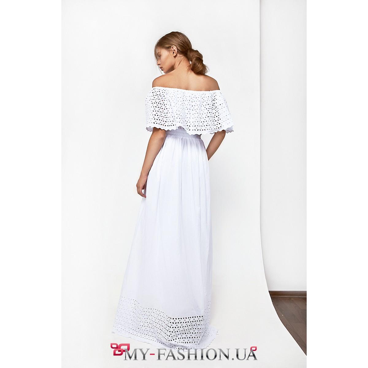 Платье белого цвета