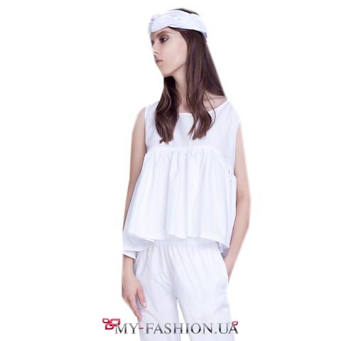Лёгкая белая расклешённая блуза