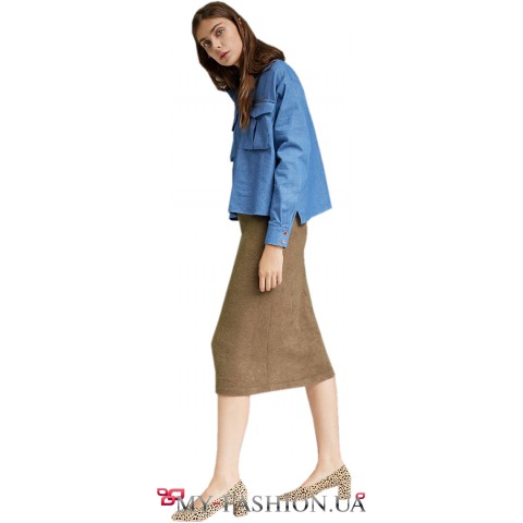 Женская рубашка свободного силуэта с накладными карманами