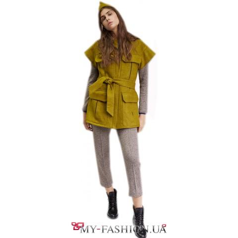 Стильные женские брюки зауженной модели
