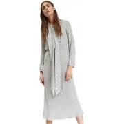 Длинное платье с молнией в боковом шве