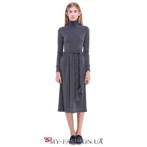 Тёплое платье с присборенной юбкой
