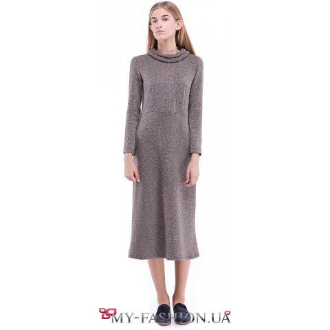 Тёплое платье свободного силуэта