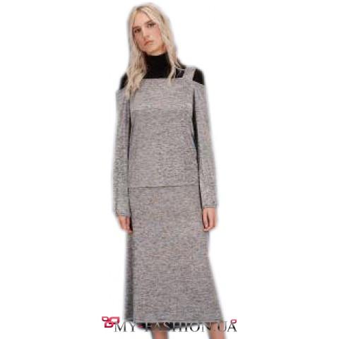 Восхитительный комплект, состоящий из блузы и юбки