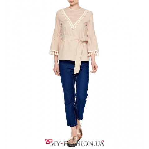 Привлекательная бежевая блуза-жакет