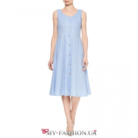Легкое платье-сарафан с пуговицами по планке