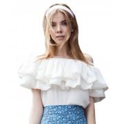 Красивая женская блузка с рюшем