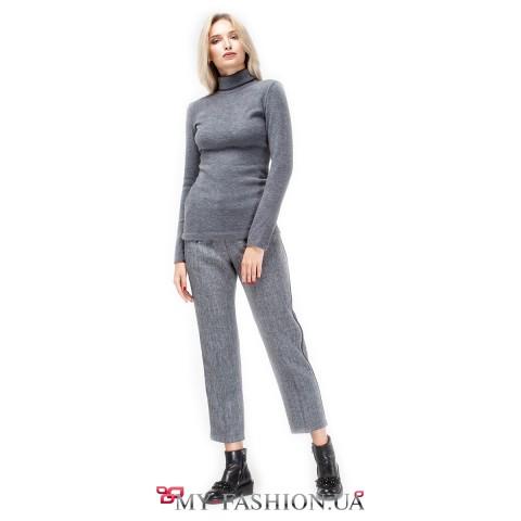 Привлекательные женские брюки красивого серого цвета