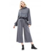 Широкие женские брюки красивого серого цвета