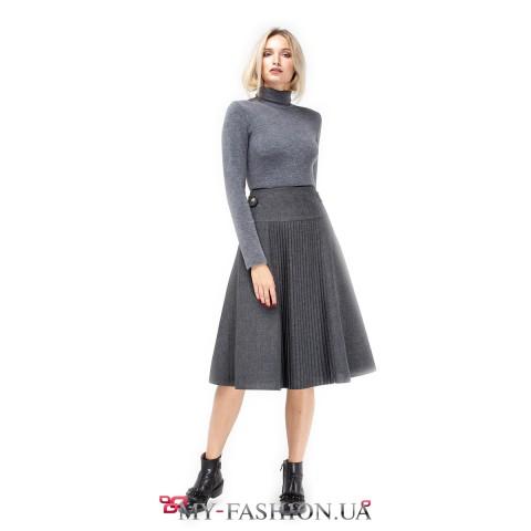 Стильная юбка-солнце с плиссировкой