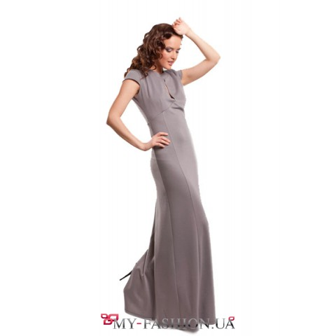 Платье с оголенной спинкой