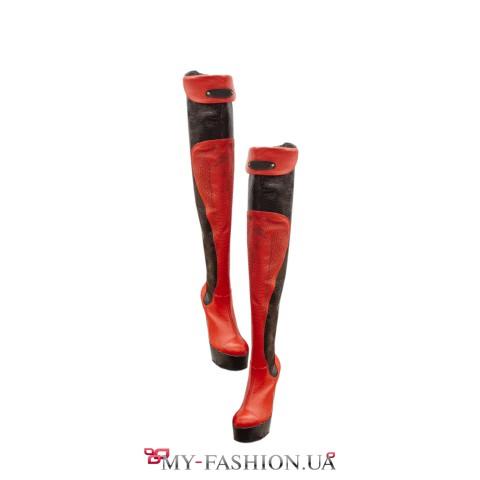Высокие женские сапоги чёрно-красной расцветки