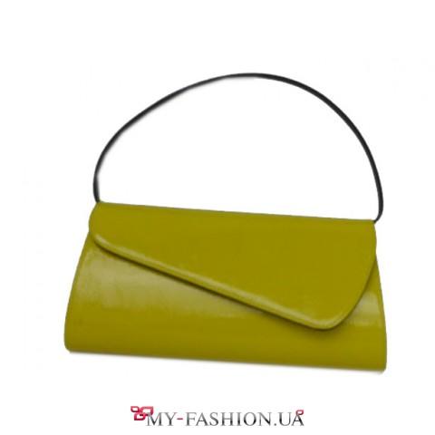 Светло- горчичная женская сумка- клатч с короткой черной ручкой