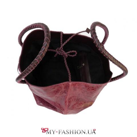 Кожаная женская сумка - мешок бордового цвета с плетенными ручками