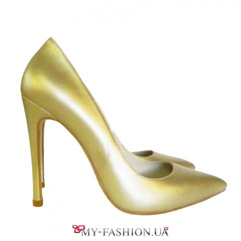Туфли из натуральной кожи нежно-золотистого цвета