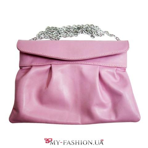 Элегантный кожаный клатч нежно-розового цвета