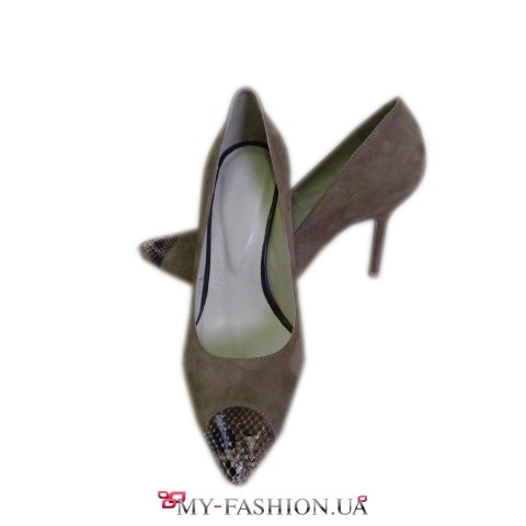 Женские туфли из натуральной замши песочного цвета