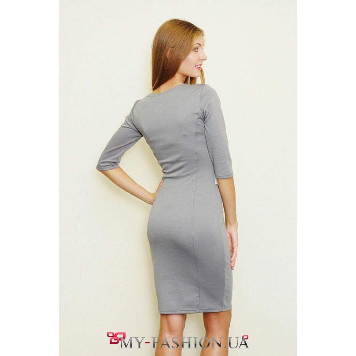 серое платье трикотажное фото