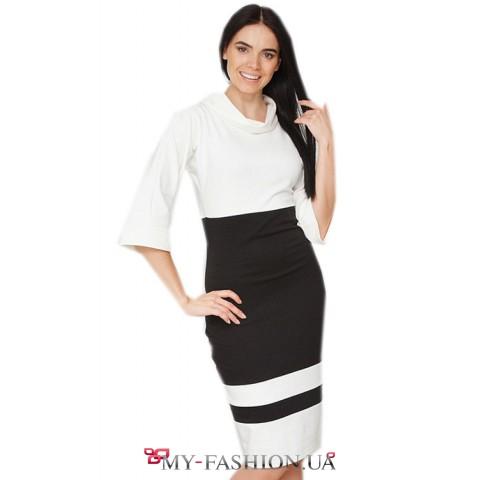 Очень красивое облегающее трикотажное платье с воротником хомут