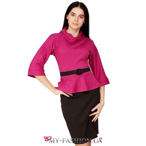 Восхитительное малиновое платье с черной юбкой воротником хомут поясом