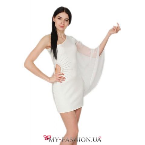 Роскошное белое платье с ручной вышивкой
