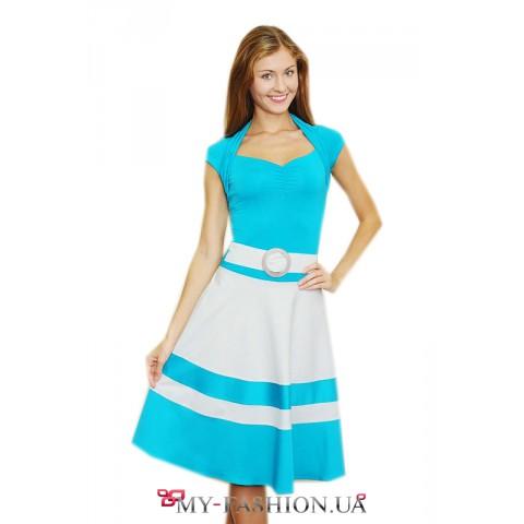 Бирюзово-песочное платье с поясом