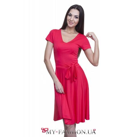 Ярко-коралловое трикотажное платье
