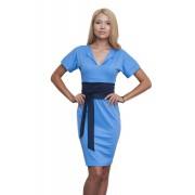 Голубое платье с поясом-кушак синего цвета