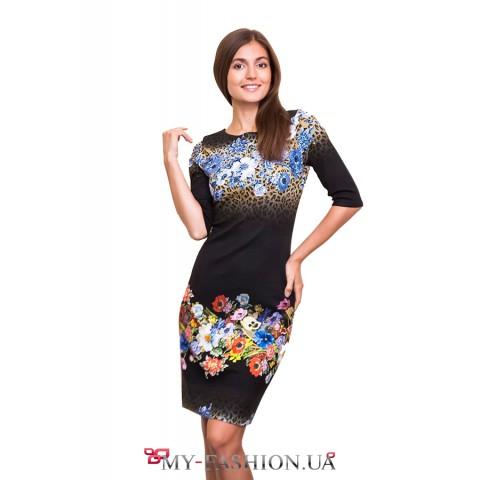 Платье средней длины с цветочным принтом