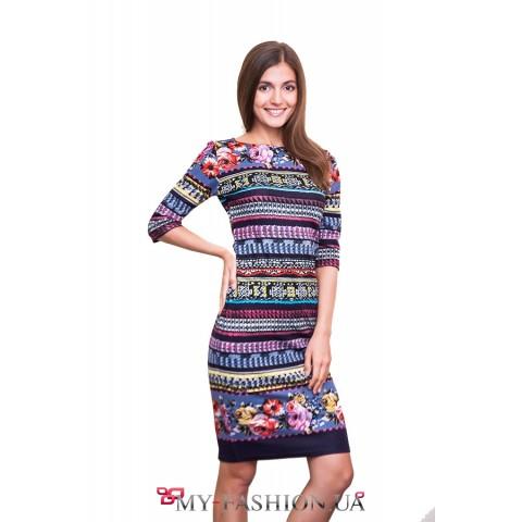 Платье средней длины в стиле этно