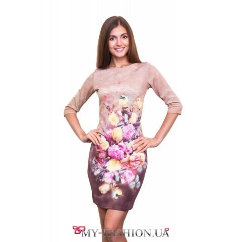 Короткое платье с принтом роз