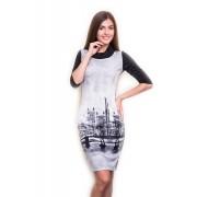 Трикотажное офисное платье с принтом