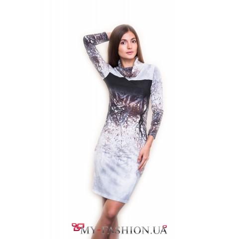 Оригинальное трикотажное платье с принтом леса