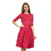 Коралловое трикотажное платье с широкой юбкой