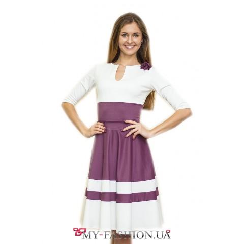 Платье для офиса с широкой юбкой