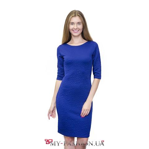 Платье ярко-синего цвета из стёганого трикотажа