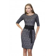 Платье с кружевным принтом и широким поясом