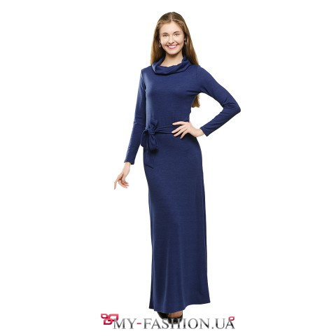 Тёплое синее платье в пол с воротником-хомутом
