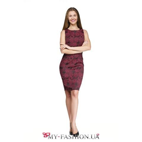 Коктейльное платье цвета красной розы