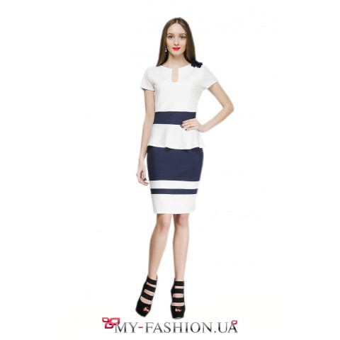 Комбинированное платье-футляр с басочкой