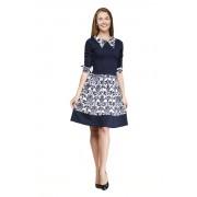 Летнее офисное платье с пёстрым воротником