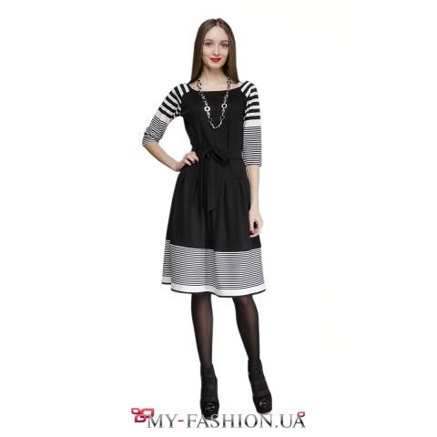 Офисное платье чёрного цвета с пышной юбкой