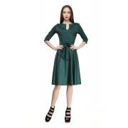 Платье с расклешённой юбкой изумрудного цвета