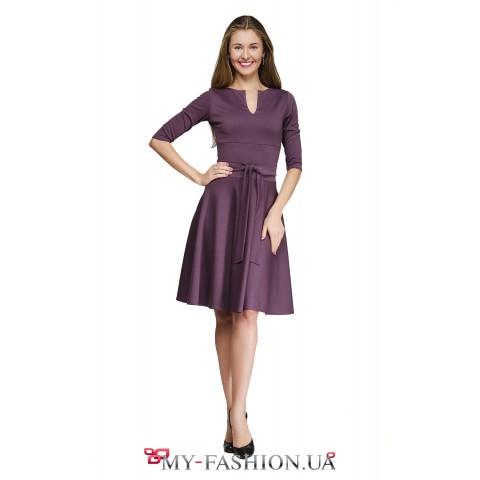 Платье с расклешённой юбкой цвета фрезии