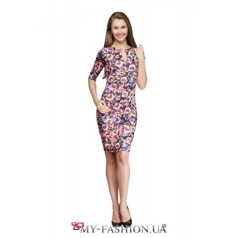 Платье-футляр с крупным принтом роз