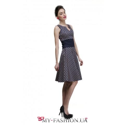 Офисное платье с узором чёрно-бежевого цвета