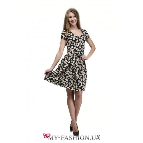 Чёрное льняное платье с принтом ромашек