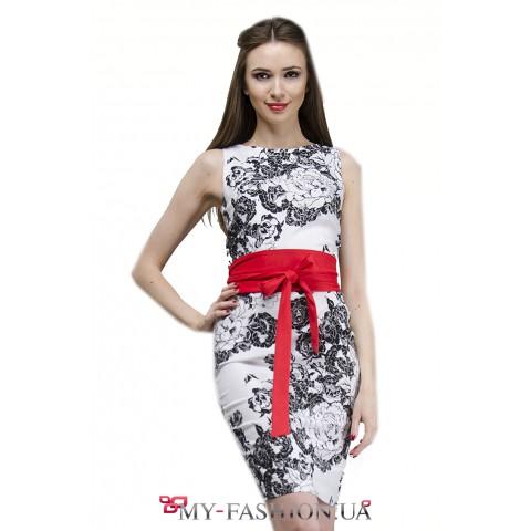 Чёрно-белое платье-футляр из льна